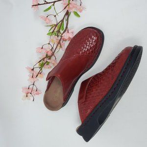 Clarks Red Leather Clogs Mules Slip On Shoes 11 M